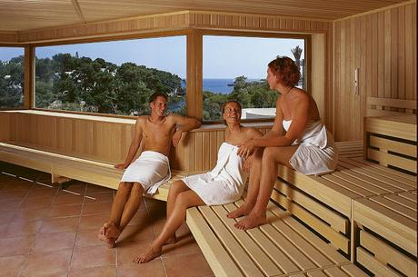 Saunas, Running and Dieting: How to Keep Your Health in Check?