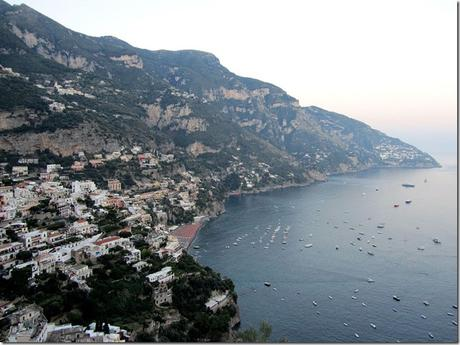 Campania known, loved and visited exerts a fascination and a unique ability to charm.