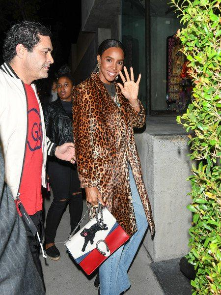 #InTheseStreets Kelly Rowland Spotted Out In L.A.