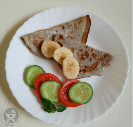 Give your fussy toddler a yummy, healthy and unique dish with this fluffy Banana Omelette Recipe!