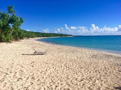 St Thomas - beach behind Green Cay. Photo, Kristie Weiss