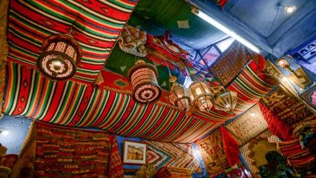 Rug Shopping in Morocco – The Bartering Experience