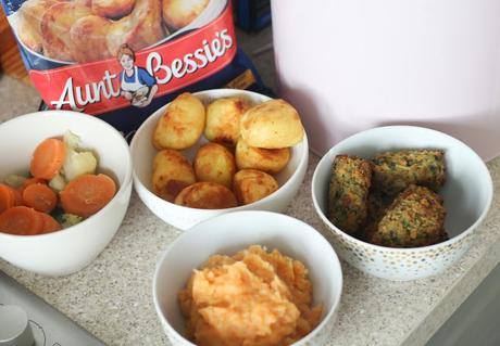 Meat Free Roast Dinner Challenge With Aunt Bessies