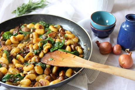 Creamy Pan-Fried Gnocchi - Vegan recipe