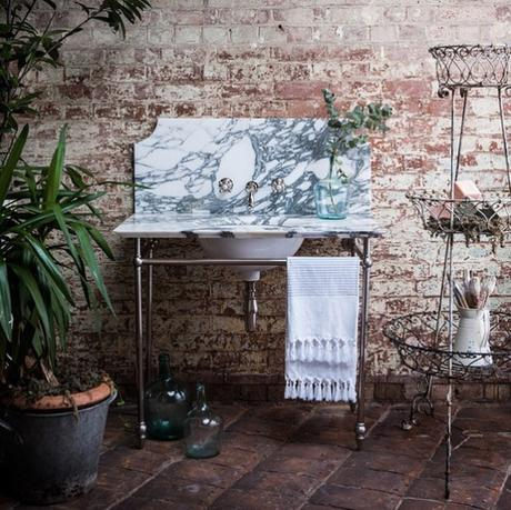 How beautiful is this marble washstand by Catchpole & Rye? It will certainly add luxury to your bathroom.