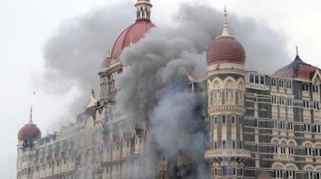Nation salutes its martyrs and grimaces in pain on the anniversary of ghastly Mumbai siege