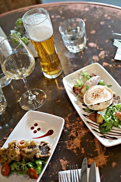 Sunday lunch at The Wheatsheaf, Farnham