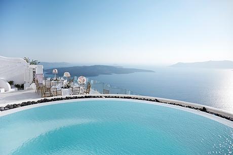luxurious-wedding-overlooking-sea-23