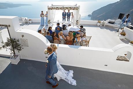 luxurious-wedding-overlooking-sea-17
