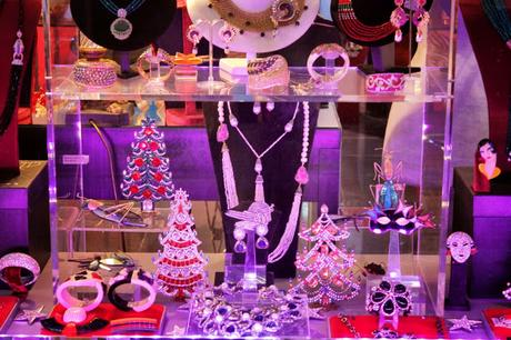 In & Around #London… Cecil Court @CecilCourt At Christmastime #Photoblog