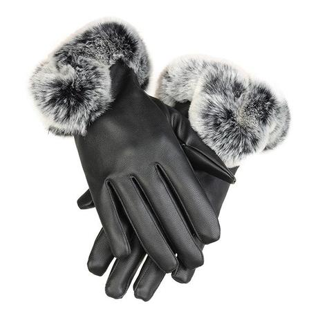 Black winter gloves