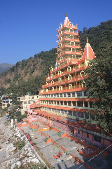 DAILY PHOTO: Rishikesh River Temples & Such