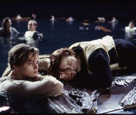 """James Cameron Explain Why Only Rose Could Fit On That Door In """"Titanic"""""""