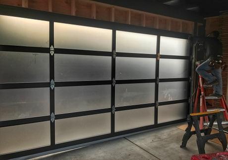 6 Ways to Keep Your Garage Door Operating Properly