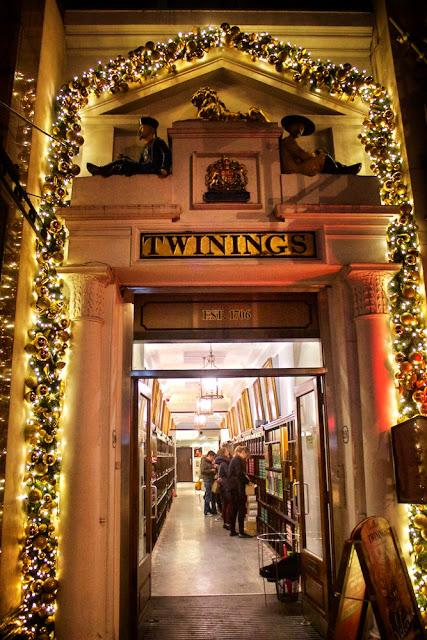 The #London #Christmas Shopping Guide 2017: Twinings Tea on The Strand @TwiningsTeaUK