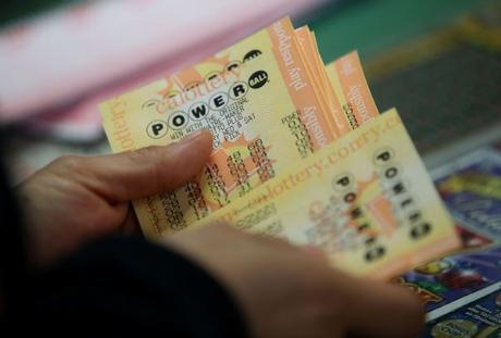Playing the Powerball Online – 5 Tips to Improve Your Odds