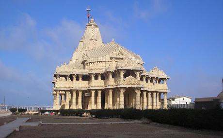 magnificent Somnath ~ visitors and invaders ...