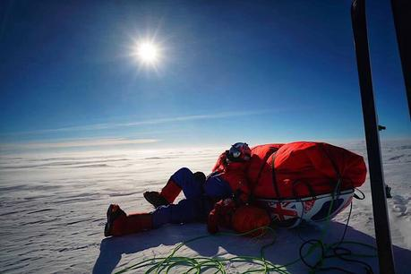 Antarctica 2017: Spectre Team Finding Tough Going on the Frozen Continent