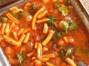 Vatana Usal (Spicy Peas Curry)