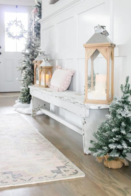 I'm Dreaming of a White Christmas Holiday Home Tour- Part I