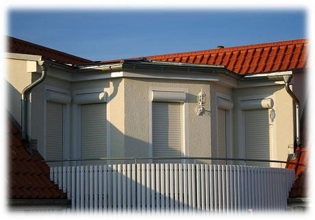 7 Great Benefits of Installing Roller Style Shutters for your Home