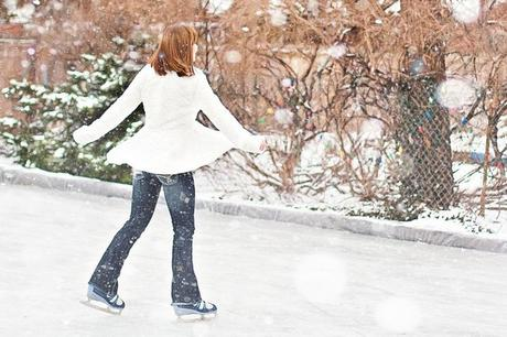 How to Look Fashionable and Trendy When Hitting the Ice Rink this Winter