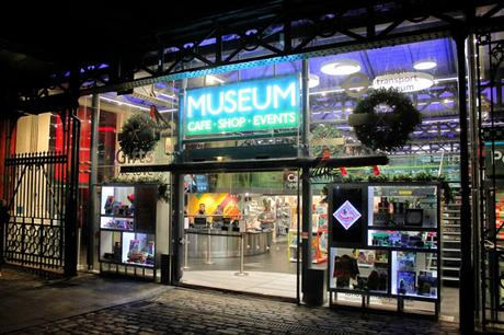 Last One! The Final #London #Christmas Shopping Guide 2017: London Transport Museum Shop @ltmuseumshop ‏