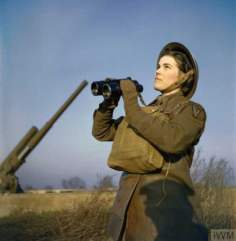 an-ATS-spotter-with-binoculars-at-the-anti-aircraft-command-post