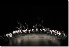 Minus 16 Choreography by Ohad Naharin Alvin Ailey American Dance Theater Credit Photo: Paul Kolnik studio@paulkolnik.com nyc 212-362-7778