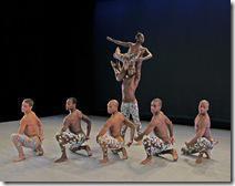 ARDEN COURT Choreography by Paul Taylor  Alvin Ailey American Dance Theater Credit Photo: Paul Kolnik studio@paulkolnik.com nyc 212-362-7778