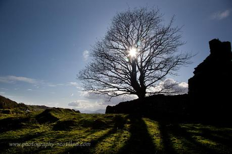 Landscape photo - silhouette of an abandoned croft at Sailaen, Lismore