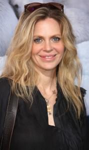 Kristin Bauer van Straten Chats with the Vancouver Sun About Pam and More!