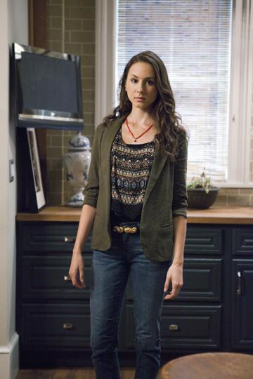 Get Outfit Ideas from Pretty Little Liars