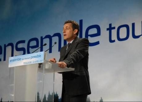 France to hold presidential elections: Sarkozy and Hollande neck and neck