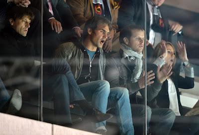 Federer Cheering for Basel's Hockey Team