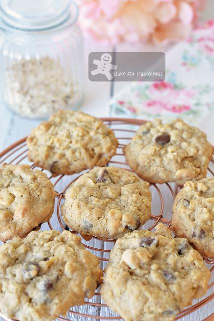 oatmeal flaxseed linseed meal chocolate chip cookies
