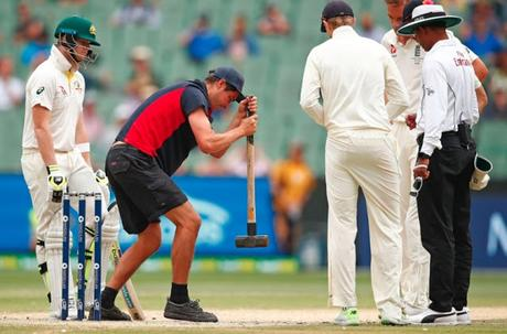 Melbourne pitch report :  Ranji Finals and ... coaches