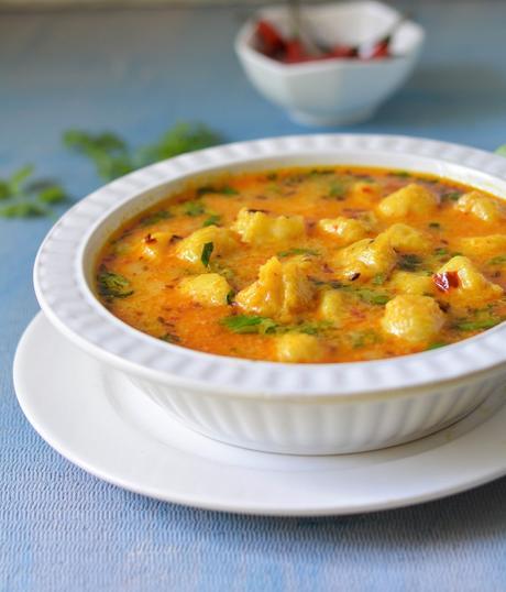 Paka Kela Ki Sabzi ,Ripe Banana Curry