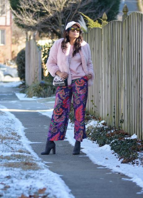 how to wear pinki fur in winter. pantone color 2018, purple, h7M purple pants, gap fur jacket, velvet cap, street style, fashion blogger, myriad musings