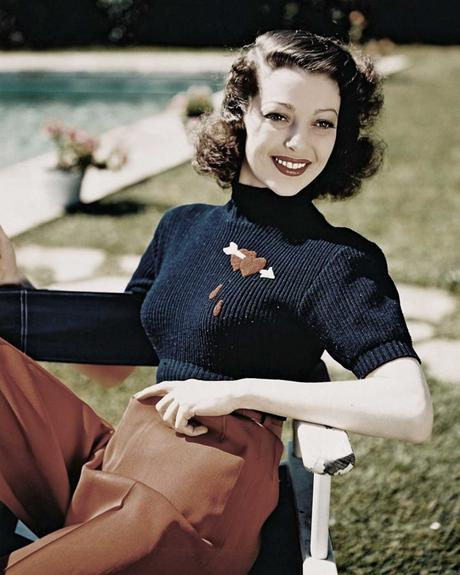 Loretta-Young---Jezebel-sweater