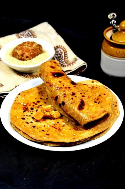 Gur aur Til ka Paratha| Sweet Indian Flatbread Recipe