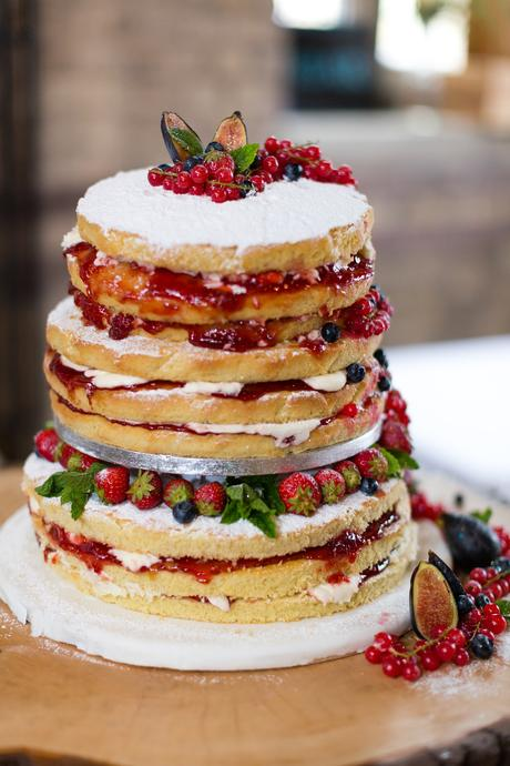 Naked cake with lots of berries & jam