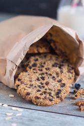 Currant & Cocoa Nib Wholegrain Cookies in under 30 Minutes