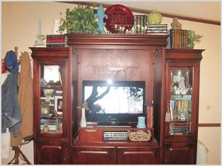 thrifty living room decor