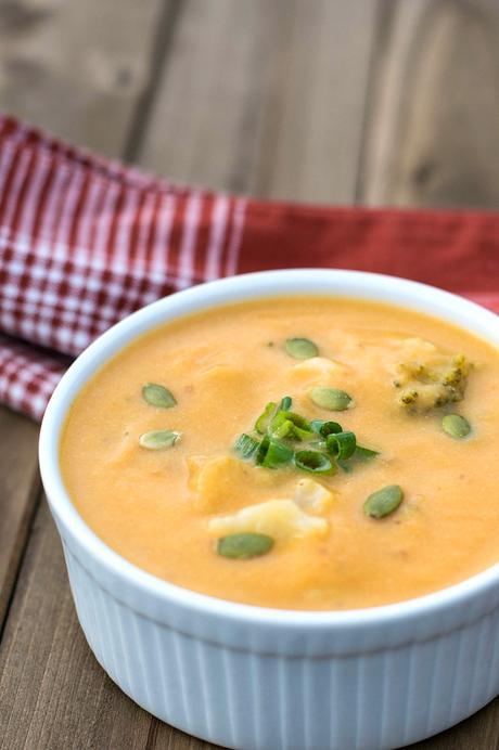 cheesy vegan broccoli cauliflower soup