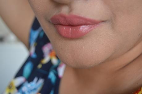 Colorbar Velvet Matte Lipstick Bare Review