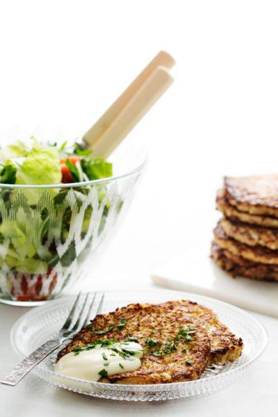 Low-carb cauliflower hash browns