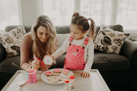 Valentine's Day activities to do with your kids; decorate cookies!