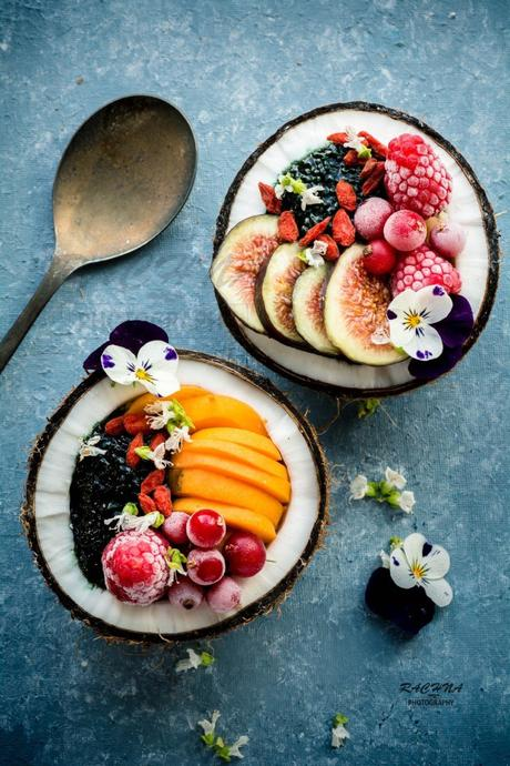 Spirulina Chia seeds pudding in coconut bowl (Vegan)
