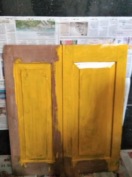 Photo essay:  Upcycling idea – old window to a shabby chic travel souvenir placeholder